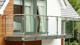 Стеклянные ограждения для балконов