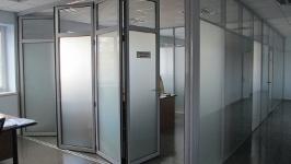 Стеклянные перегородки двери-гармошка